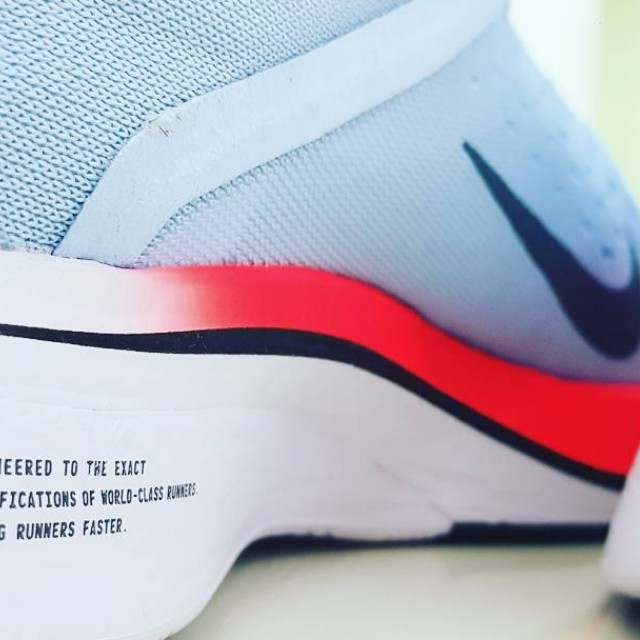 76748bcc209d9 Nike Zoom Vaporfly 4% racing shoes - US10