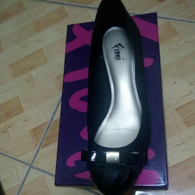 b1408d2f5f Payless (Fioni) Black shoes, Women's Fashion, Shoes on Carousell