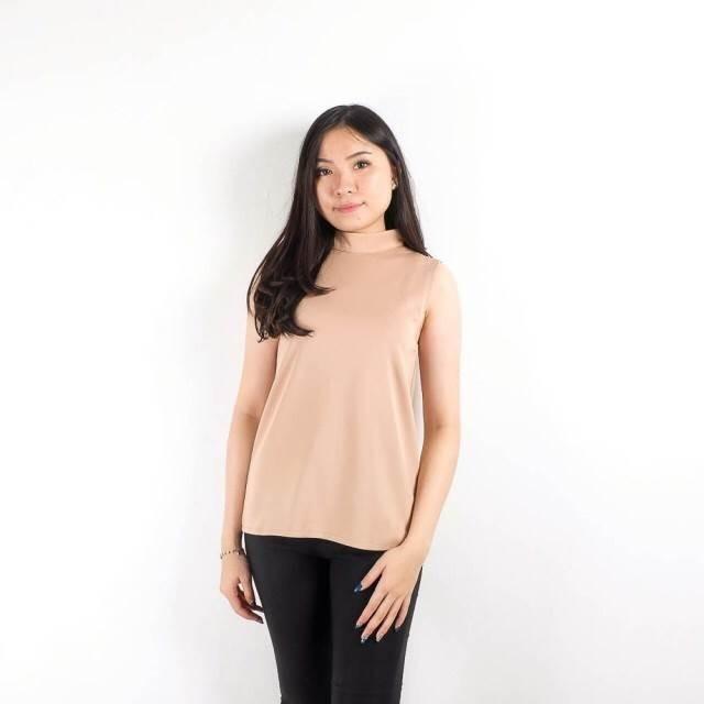 Plain sleeveless top