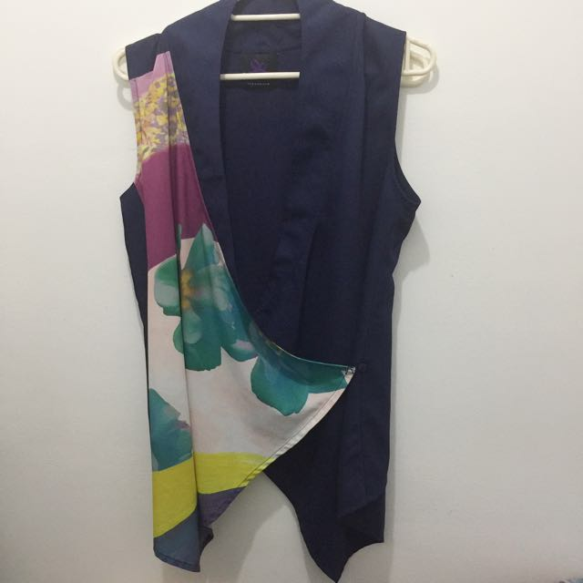 Plains & Prints Navy blue cover up