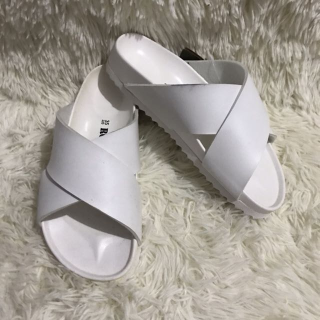 ROVERS SLIP-ON STYLE SANDALS