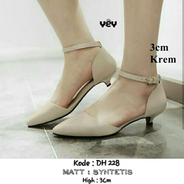 Sepatu heels 3 Wrna 😘