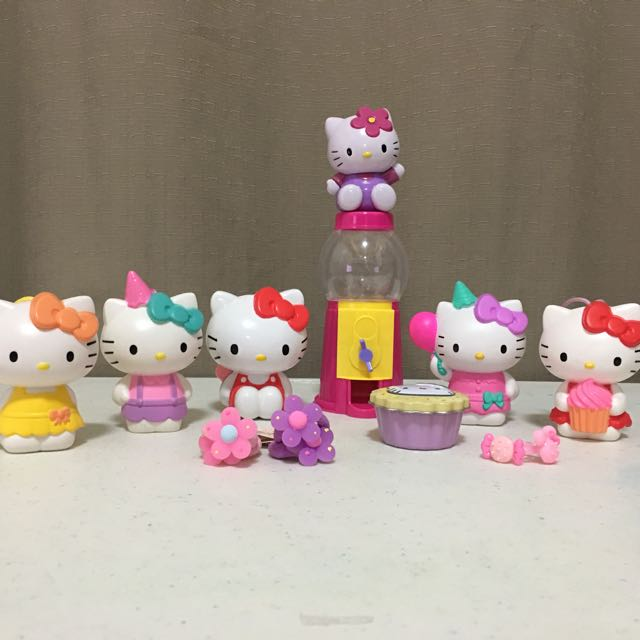 Well Loved: Assorted Hello Kitty Items