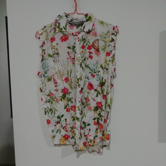 Zara blouse top flower