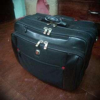 Swiss Gear Luggage Bag/ Trolley (Authentic)