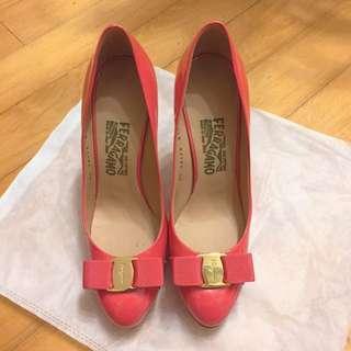 Ferragamo粉紅五吋高級行政高踭鞋