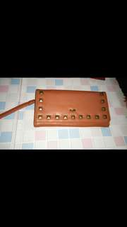 Dompet cw three second