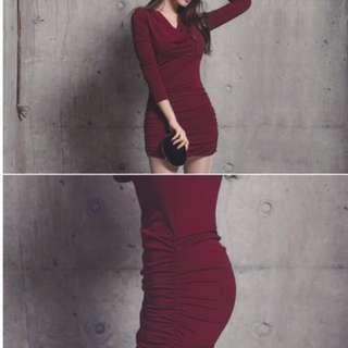 韓版皺摺包臀洋裝