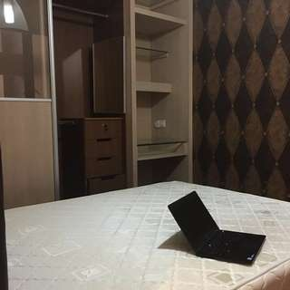 Tanglin view condo( No agent ) _ queen size bed with bathroom