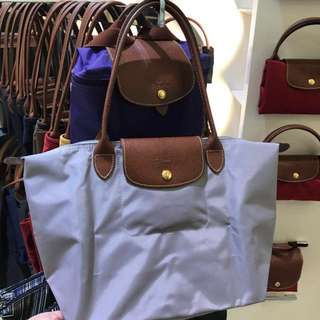 香港現貨,韓國🇰🇷購回100%正品Longchamp 淺灰長柄:中號💰599、大號💰699