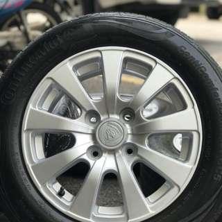 Original sports rim persona tyre 90%