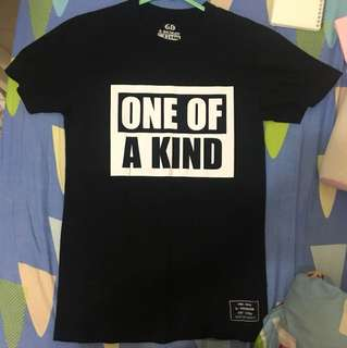 GD one of a kind 演唱會 Tshirt😛
