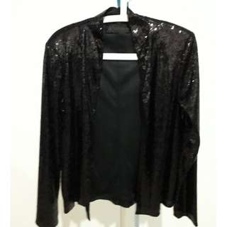 KIM KARDASHIAN black subtle sequined jacket