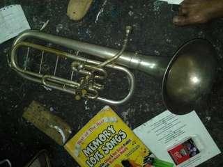 2 alat.musik ALTO HORN dan TENOR TUBASS antik.kuno