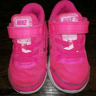 Nike Velcro Running Shoes