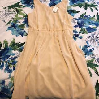 Cream chiffon dress (Mendocino)