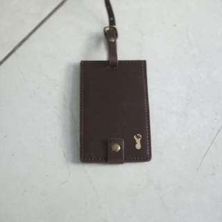 Typo Bag hangtag