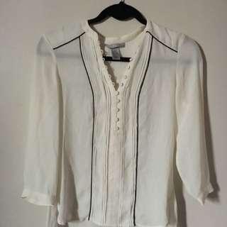 H&M / Size 4 Semi-Sheer Blouse