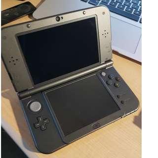 New Nintendo 3DS XL  (OPTIONAL: Biogenic case, Pokemon Alpha Sapphire and/or New Yoshi's Island)