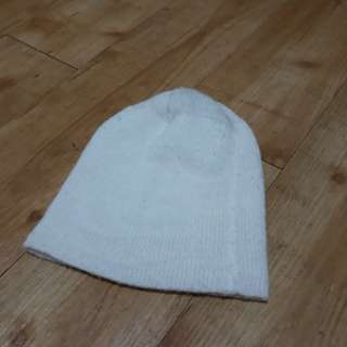 For Free!!! Worth of PHP100 items and Up! Preloved Bonnet / Head Warmer