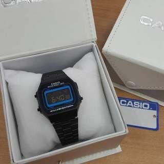 Casio Classic 640 and a148