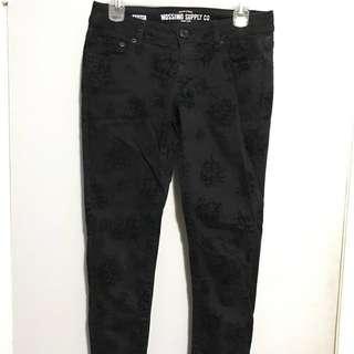 Black Skinny Jeans With Black Velvet Flowers