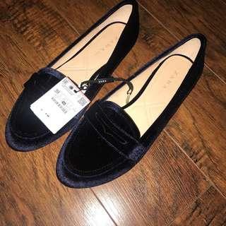 Zara velvet loafers- size 38 US