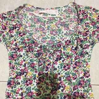 Zara basic flower tee