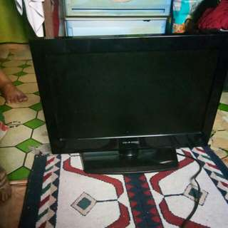 Cdr-King LCD television