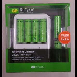 [SALE] GP Battery - ReCyko+ 6× AA 1800mAh Rechargeable Batteries with Overnight Charger set