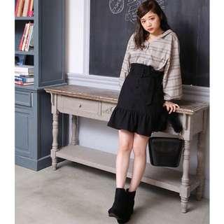🚚 日本專櫃正品 nice claup 高腰魚尾荷葉邊裙 黑色 全新 現貨一件 附腰帶 日本代購 連線