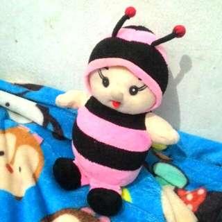 Boneka lebah