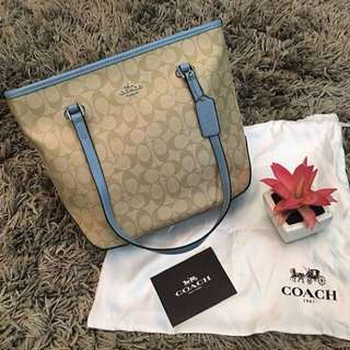 Coach City zip tote RM500 including dustbag & paperbag coach