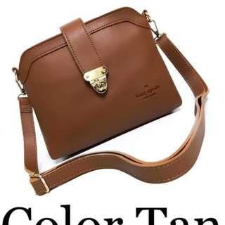 Katespade sling bag size : 8 inches
