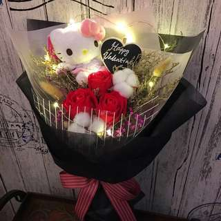 Hello Kitty Bouquet - Scented Roses And Dried Flowers with LED lighting