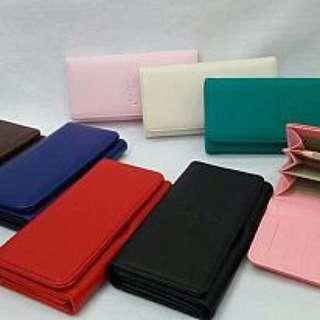 Dompet warna warni