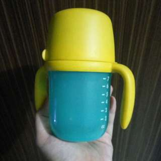 Tupperware bottle & cup snack