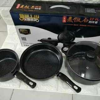 black pot Set