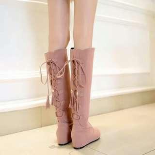 韓流時尚內增高後綁帶流蘇平跟及膝靴(4色)35~43碼