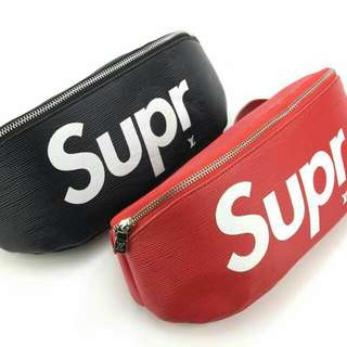 Louis Vuitton X Supreme Pouch Red / Black