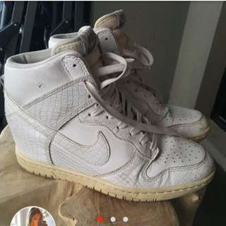 NIKE DUNK SKY HIGH SNEAKER AUS 7