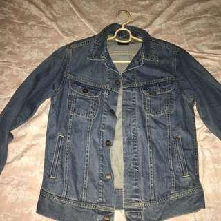 Lee denim jacket not zara levis uni qlo wrangler