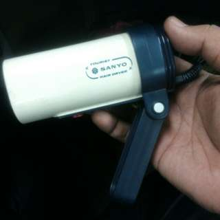vintage sanyo tourist hair dryer(working conditions)
