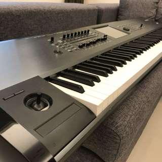 Korg Kronos 88 鍵 日本製 頂級 鍵盤 電子合成器 音樂工作站 鋼琴鍵觸感 9成新 原12萬 非Roland Yamaha