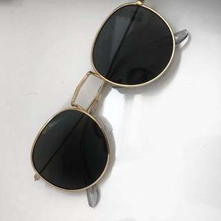 Round sunglasses gold