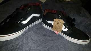 Van Black Bungee Size 10