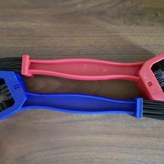 Nylon Chain Brush