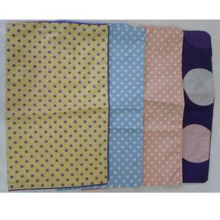 Sarung bantal sofa polka 4 warna