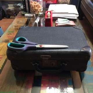Vintage baggage or school bag