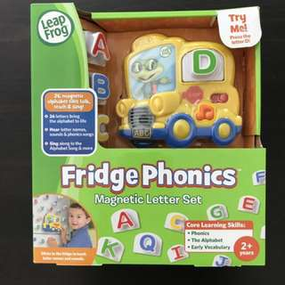 Phonics magnetic letter set
